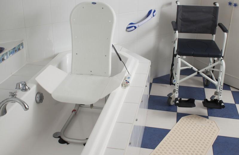 Materiel de salle de bain 28 images mat 233 riel m 233 for Equipement de salle de bain