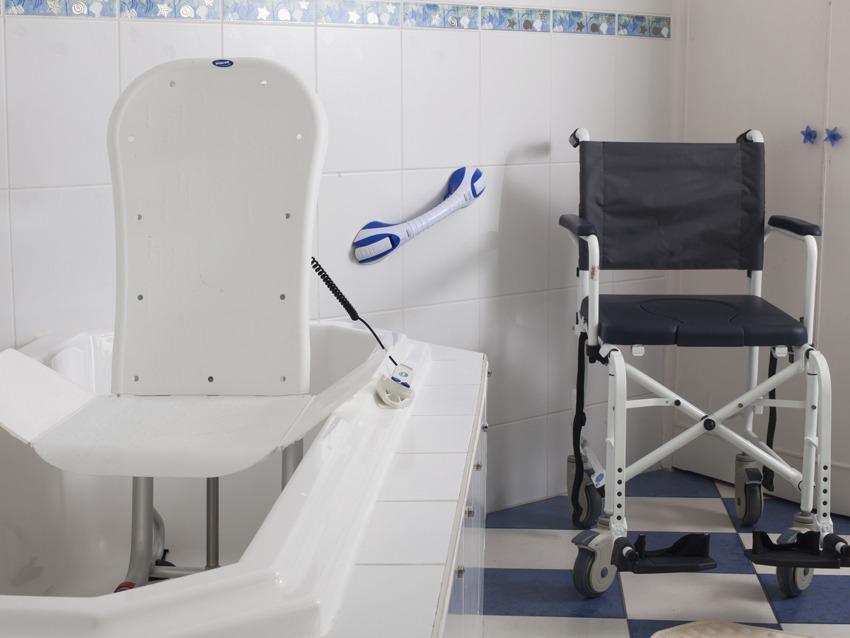 Comment aménager une salle de bain pour séniors ?