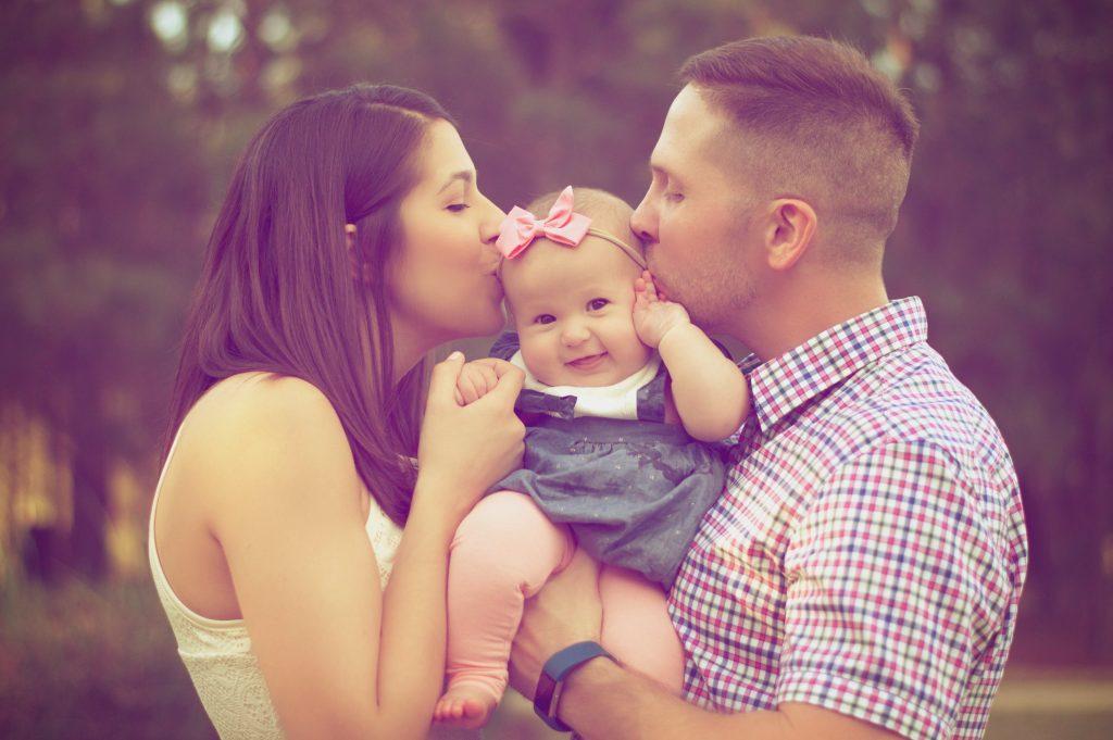 La naissance d'un bébé entraîne de nombreuses déclarations obligatoires.