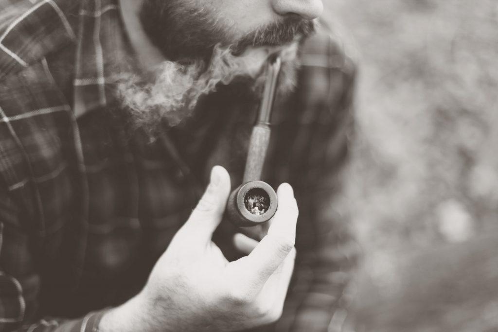 Avec de la volonté et du soutien, il est possible d'arrêter le tabac à 60 ans.