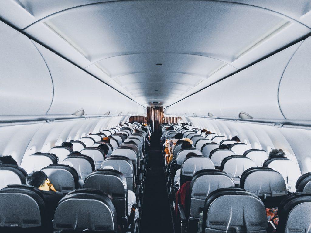 Prendre l'avion en étant enceinte, est-ce dangereux ?