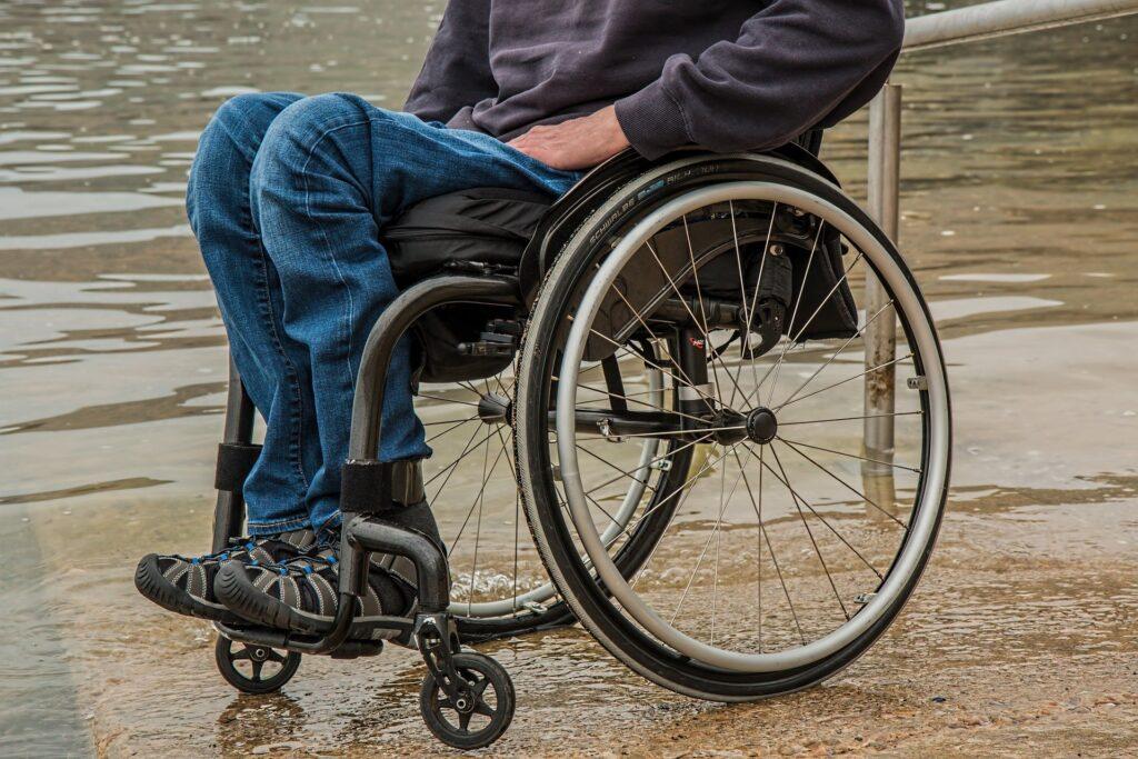 Pour les personnes fortement immobilisées, les risques d'escarres sont grands.